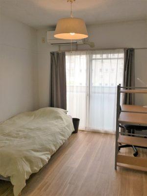 Room2: Nakamiya Daiyon